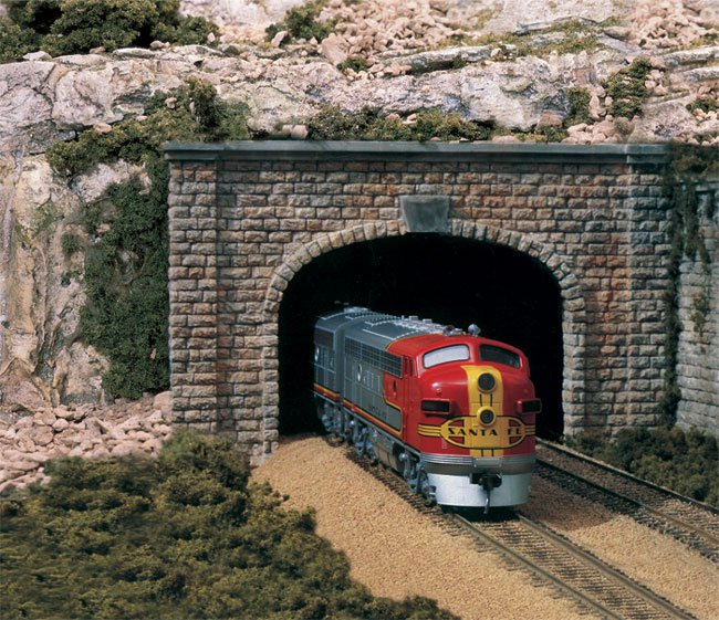 Cut Stone Double Portal - N Scale